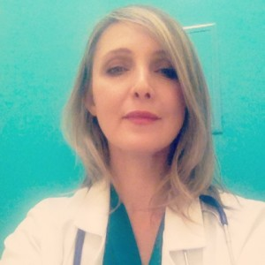 Marysia Trembecka in Mothers Heart playing a cardiologist